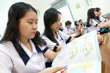 Làm sao giúp học sinh hiểu hơn về tầm quan trọng của biển và hải đảo?