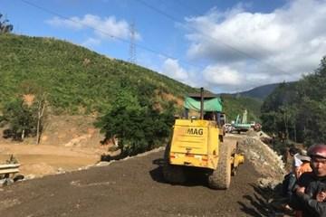 """Đắk Lắk: Tuyến đường bị mước lũ cuốn trôi được """"nối"""" xong trước kế hoạch"""