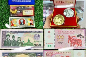 Tiền in hình con trâu độc đáo hút khách trước Tết Tân Sửu 2021
