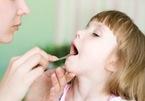 Căn bệnh khiến bé gái 9 tuổi không thể nói được sau 1 đêm ngủ dậy
