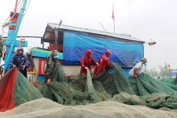 Nghệ An: Tăng cường kỹ năng phòng chống thiên tai, đảm bảo an toàn cho bà con ngư dân