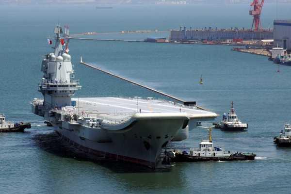 Nhóm tác chiến tàu sân bay Trung Quốc tiến vào Biển Đông tập trận