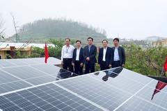 Quảng Ngãi: Bàn giao hệ thống điện mặt trời mái nhà cho Trường THPT Lý Sơn