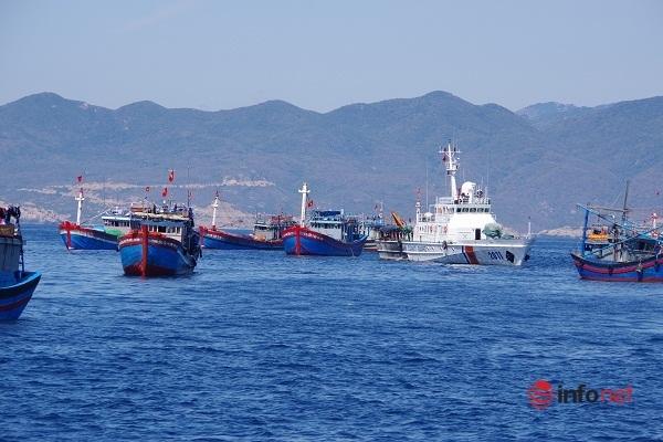 [Ảnh] Cảnh sát biển tích cực nâng cao chất lượng huấn luyện, sẵn sàng chiến đấu