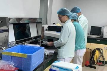 Bộ trưởng Bộ Y tế: Biến chủng Sars-CoV-2 tại Anh đáng lo ngại nhưng cần bình tĩnh