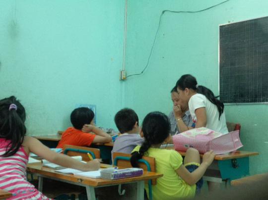 Chuyên gia 'mách nước' cấm tận gốc dạy thêm, học thêm lớp 1