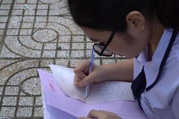 Hà Nội: Thực hư chuyện lộ đề kiểm tra khiến 3.000 học sinh dừng thi?