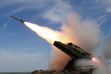 Cận cảnh Nga thử nghiệm tên lửa dẫn đường phòng không mới nhất
