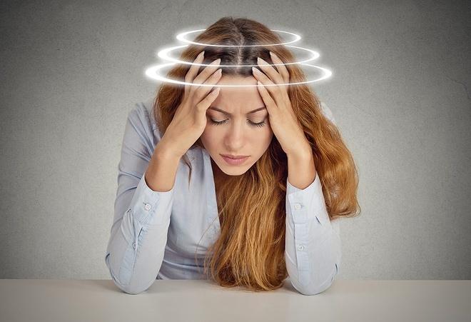 Đừng đùa khi thấy chóng mặt, tiềm ẩn nguyên nhân đột quỵ