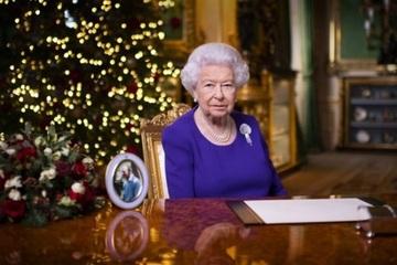 Nữ hoàng Anh Elizabeth II 'trải lòng' về năm 2020