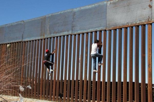 Bức tường biên giới của ông Trump trước nguy cơ bị bỏ hoang