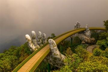 Chuyện chưa kể về cây cầu Vàng nổi tiếng toàn cầu của du lịch Việt Nam