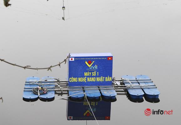 Xử lý mùi tại bãi rác Nam Sơn, bọt khí phủ trắng xóa mặt hồ