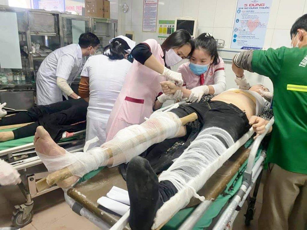 tai nạn lao động,Công nhân,thang rơi tự do,Nghệ An,đa chấn thương,cấp cứu