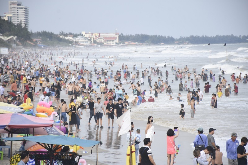 """Nhiều điểm du lịch """"cháy"""" phòng khách sạn đợt nghỉ Tết dương lịch"""