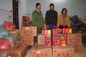 Điện Biên: Bắt giữ 200kg pháo nổ ngụy trang trong xe ô tô chở thóc