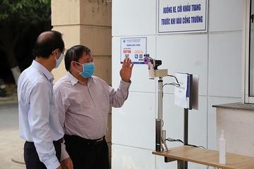 Nguyên Thứ trưởng Bộ GD&ĐT phát minh ra máy đo thân nhiệt từ xa