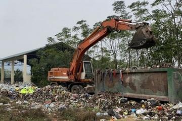 Núi rác 10.000 tấn ở Mỹ Đức, Hà Nội: Ai chịu trách nhiệm?