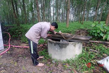 """Huế: Gần 500 hộ dân ở """"xã nông thôn mới"""" vẫn phải dùng nước giếng nhiễm phèn"""