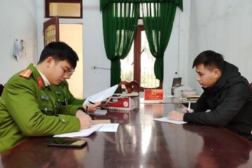 Hà Tĩnh: Giả 'công an mật' để 'đòi' gói hàng mua qua mạng, 10X bị bắt