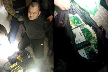 Hà Tĩnh: Bắt giữ đối tượng vận chuyển thuê 11kg ma túy