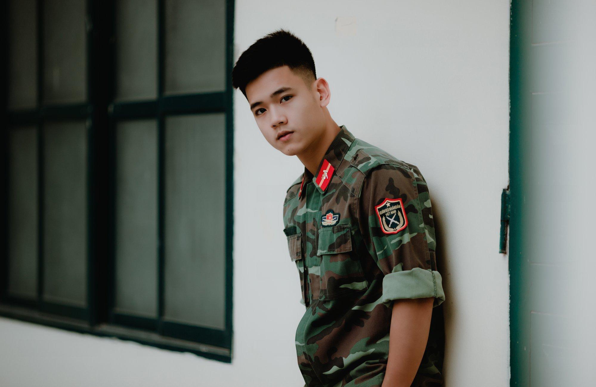 Chàng trai 'cực phẩm' trường Quân đội có ai ngờ từng giảm 24Kg