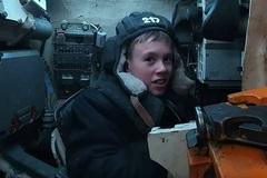 Quân đội Nga hoàn thành ước mơ chinh phục xe tăng của cậu bé 12 tuổi