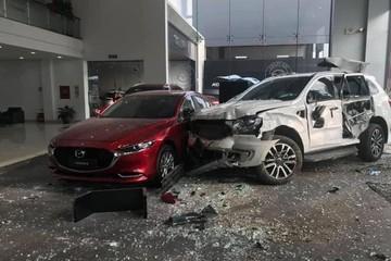 Khởi tố nữ tài xế lái xe Ford tông chết người đi bộ