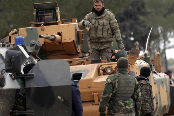 Tình hình Syria: Hàng trăm lính Nga đi ngăn Thổ Nhĩ Kỳ làm loạn