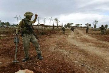 Tình hình Syria: Thổ Nhĩ Kỳ vẫn tấn công bất chấp Nga điều thêm quân