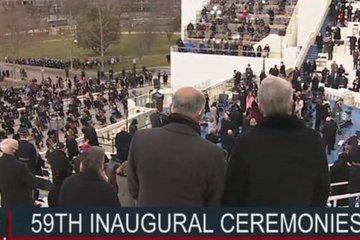 Lo khủng bố, quan chức Mỹ mặc áo chống đạn dự lễ nhậm chức