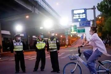 Người đàn ông khai mắc bệnh truyền nhiễm để tránh vé phạt giao thông