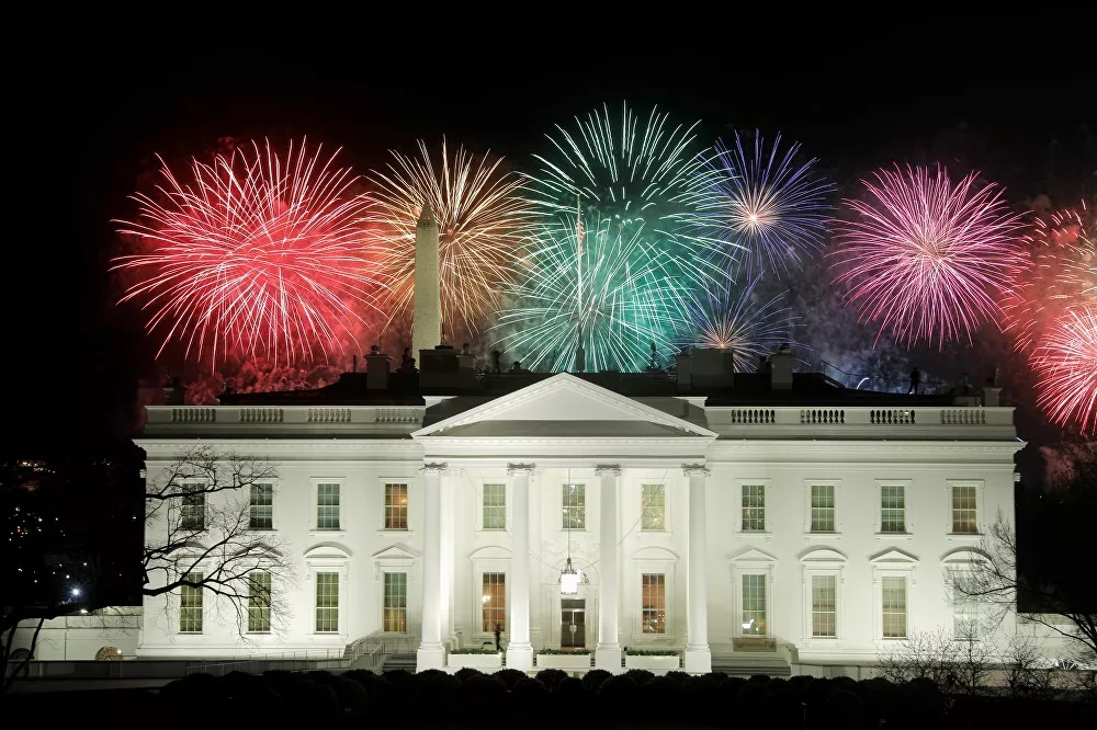 Màn pháo hoa sau lễ nhậm chức của Tổng thống Mỹ Biden