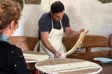 Bí mật về món mì ống thần thánh siêu mỏng hiếm nhất thế giới