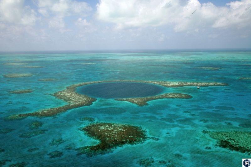 5 hố xanh sâu thẳm bí ẩn, ấn tượng nhất thế giới