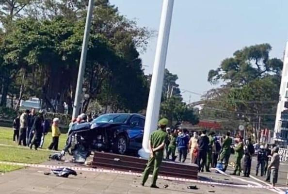 Vụ tông xe ở Quảng trường Gia Lai: Sẽ thu hồi giấy phép lái xe vĩnh viễn đối với ông Đinh Hồng Thiện?