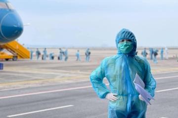 """Thông tin về ê-kíp """"Chiều cuối năm"""" tác nghiệp tại sân bay Vân Đồn, Quảng Ninh"""