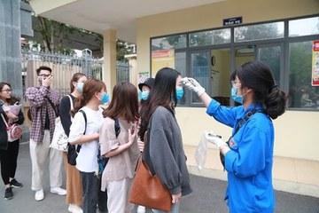 Nhiềuđại học cho sinh viên nghỉ học để chủ động phòng chống Covid-19