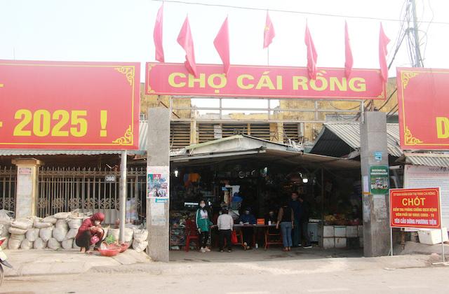 Quảng Ninh: Chủ nhà hàng dương tính Covid-19, phong toả  thị trấn Cái Rồng, giãn cách xã hội huyện Vân Đồn