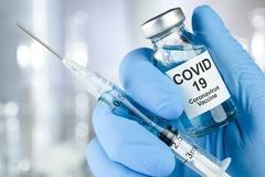 Tạm dừng quảng cáo, tổ chức tour đi nước ngoài tiêm vắc-xin kết hợp với du lịch