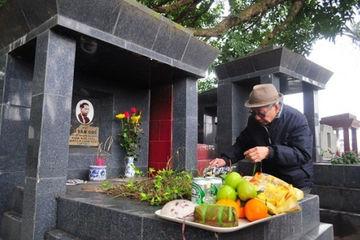 Văn khấn tạ mộ cuối năm theo truyền thống