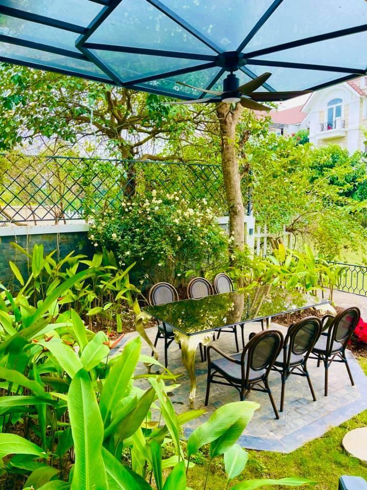 Lã Thanh Huyền gây 'ghen tị' vì có khoảng vườn tuyệt đẹp đón Tết mùa dịch