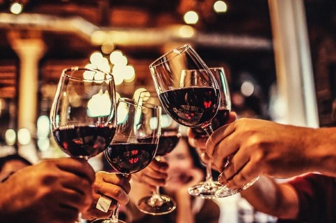 Những sai lầm 'chết người' khi sử dụng đồ uống trong ngày Tết