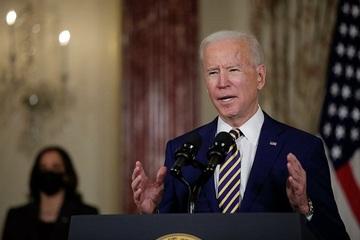 Bác sĩ nói gì về tình trạng của ông Biden sau chấn thương ở chân?