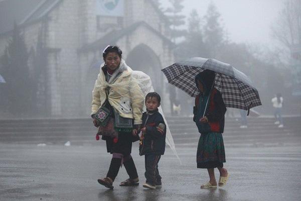Thời tiết hôm nay 7/2: Bắc Bộ rét, chiều tối mưa rào, Nam Bộ nắng ráo