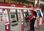Cây ATM vắng khác thường ngày giáp Tết
