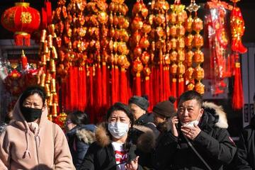 Trung Quốc có cách níu chân người dân không về quê ăn Tết