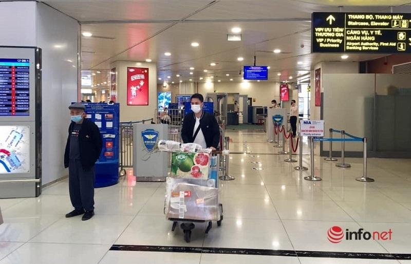 Sân bay vắng lặng ngày áp Tết
