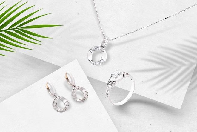 Những món quà Valentine ý nghĩa cho người yêu, bạn gái