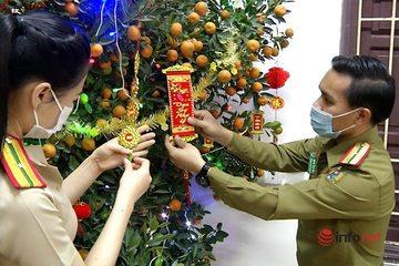Dịch bệnh lại là cơ hội cho sinh viên nước ngoài tìm hiểu văn hóa, ăn Tết Việt Nam